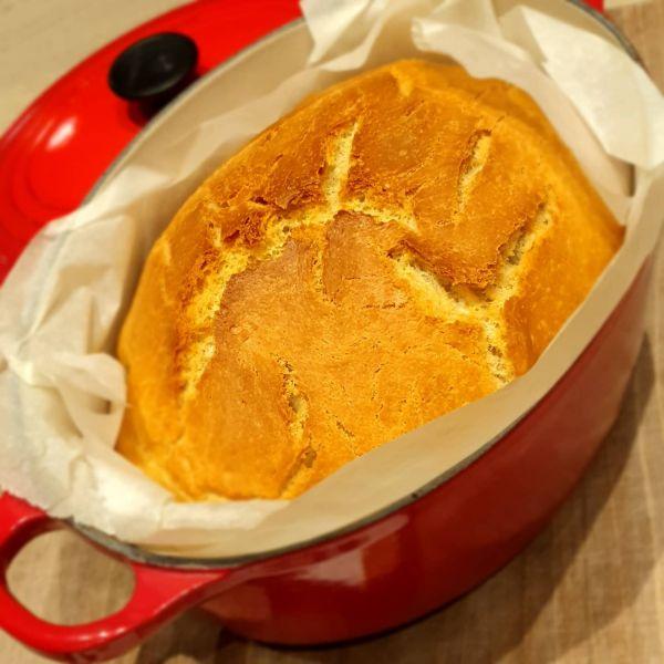 Pâine fără frământare cu lapte