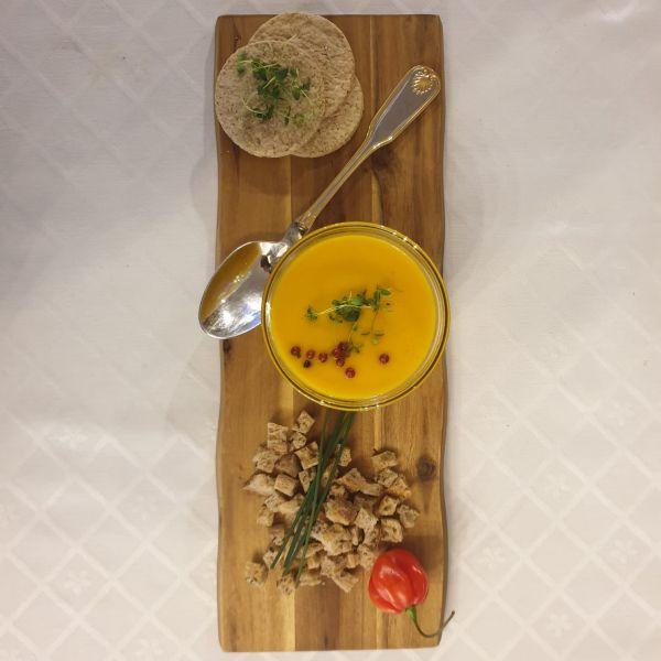 Supă cremă de MORCOV cu cimbru