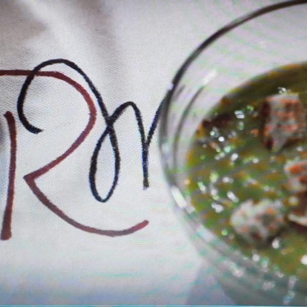 Supă cremă de urzici, în două variante