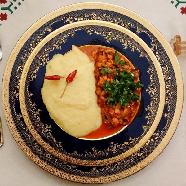 Tocanita cu ciuperci crude shiitake (cu mamaliguta)