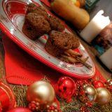 Brioșe cu DOVLEAC cu glazură de cioco