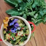 Salată din varză de bruxelles si leurdă (Video)